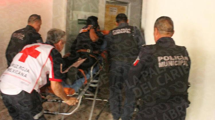 Policía se dispara accidentalmente en la pierna