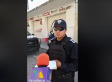 Video: Policías intimidan a reporteros de TV Azteca