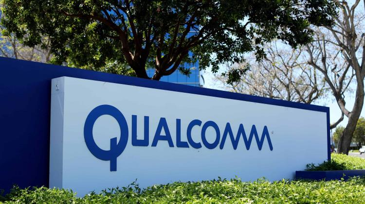 Trump frena a Broadcom; le impide comprar a Qualcomm