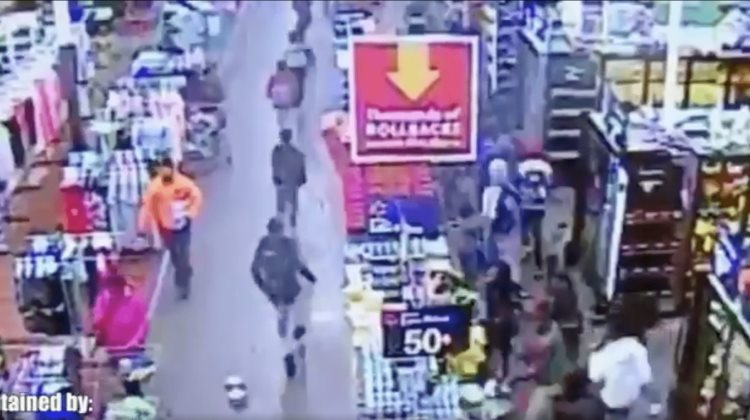 Jóvenes saquean Walmart en Chicago [Video]