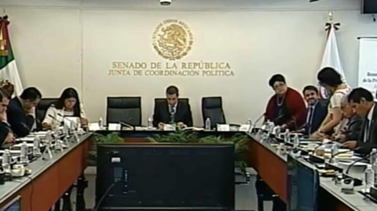 Turnan expediente de Barreiro a la Comisión Permanente