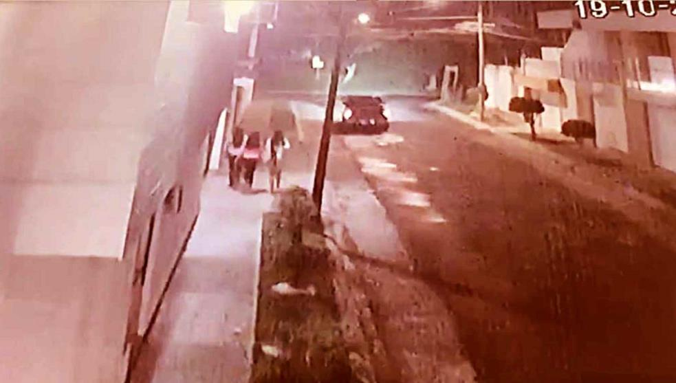 VIDEO / Tres chicas escapan de un intento de secuestro en una calle de Celaya